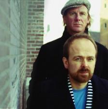 Kik - Sound of Silence (Simon & Garfunkel) - Joost Botman en Niels van der Gulik - © Sanâa Swart KLEIN(staand).jpg